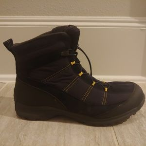 LANDS' END Extreme Squall Waterproof Snow Boots